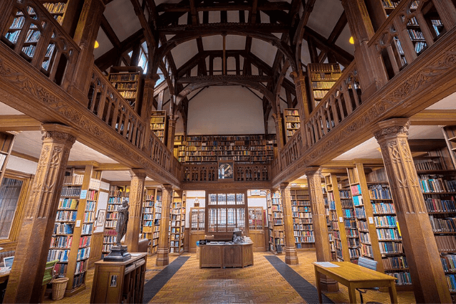 Inside Gladstone Library