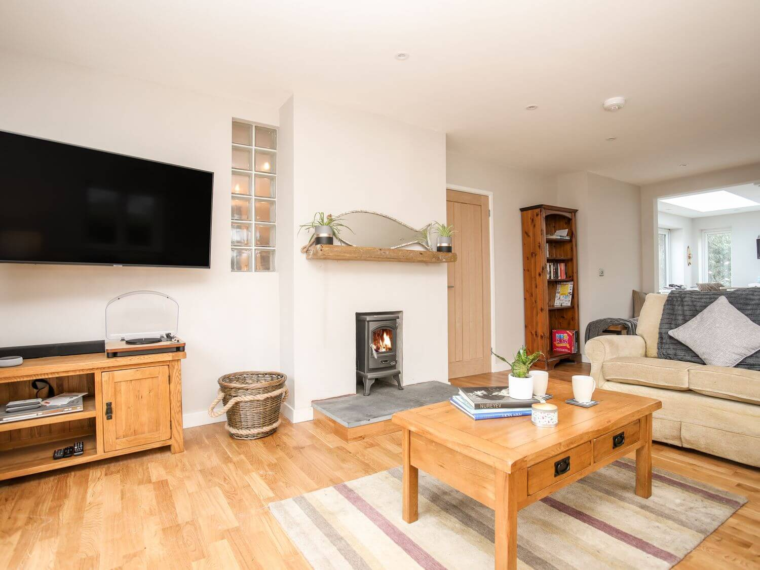 Laneton | Holiday Cottage in Rhosneigr, North Wales