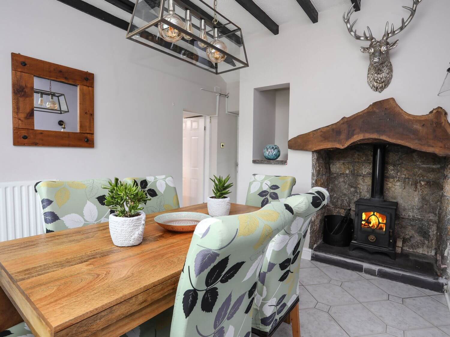 Bryn Peris | North Wales Holiday Cottages | Menai Holiday Cottages