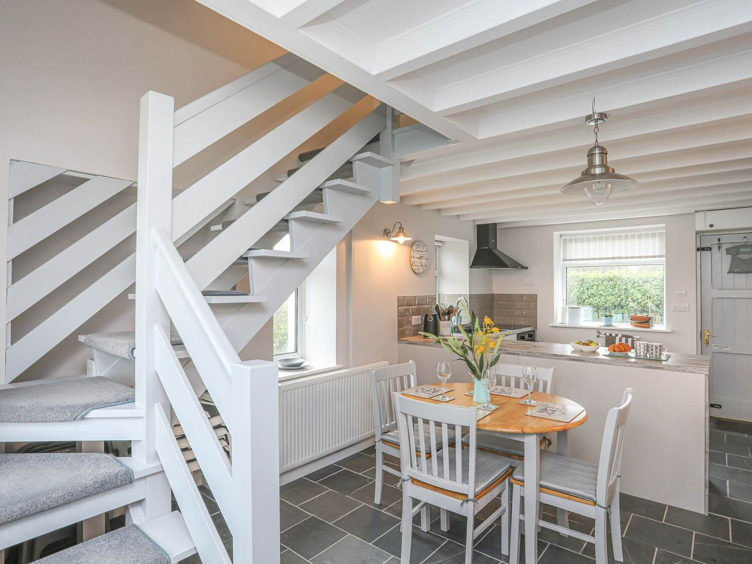 Lanka | North Wales Holiday Cottages | Menai Holiday Cottages