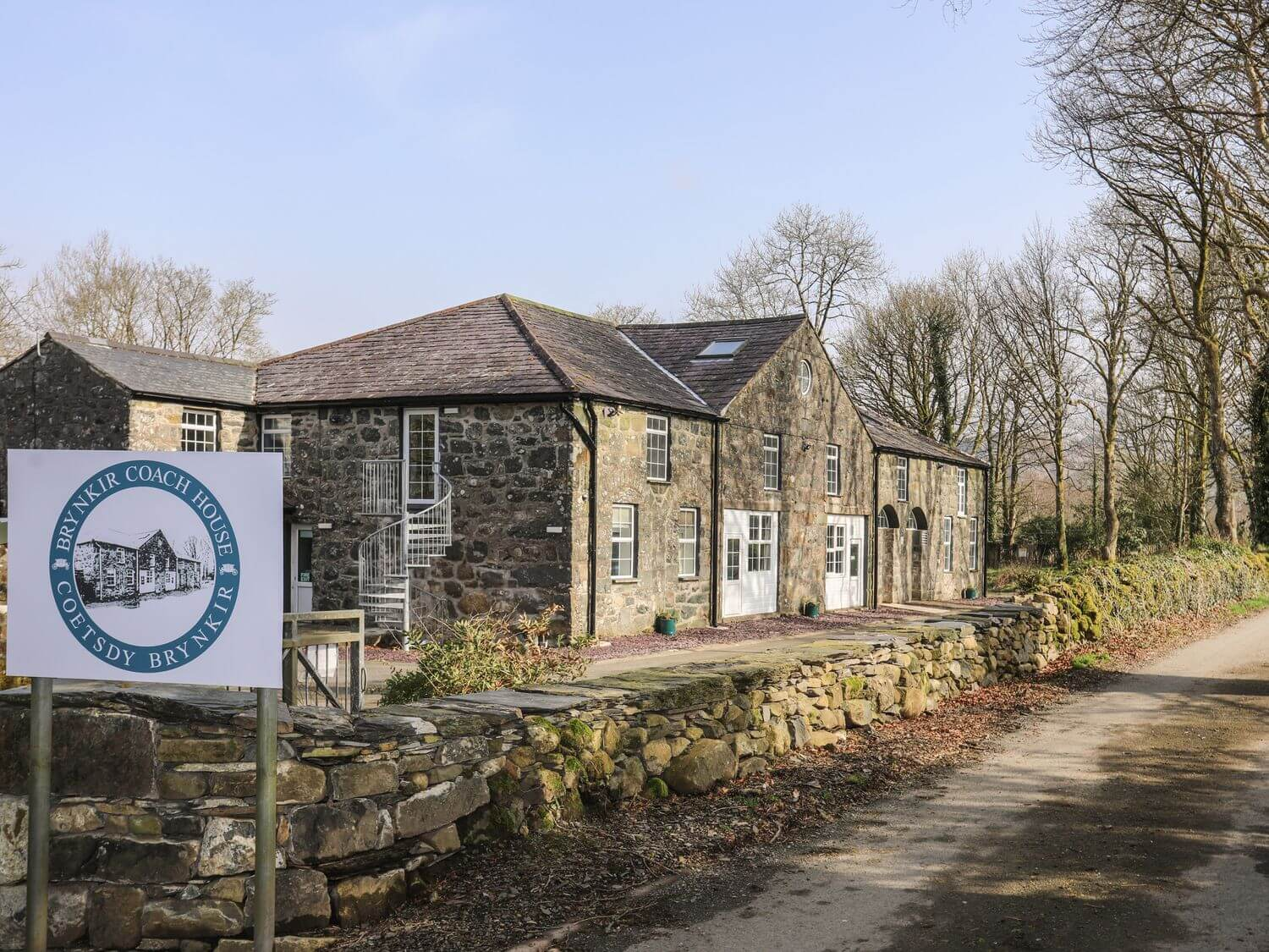 Brynkir Coach House | Wales Holiday Cottages | Menai Holiday Cottages