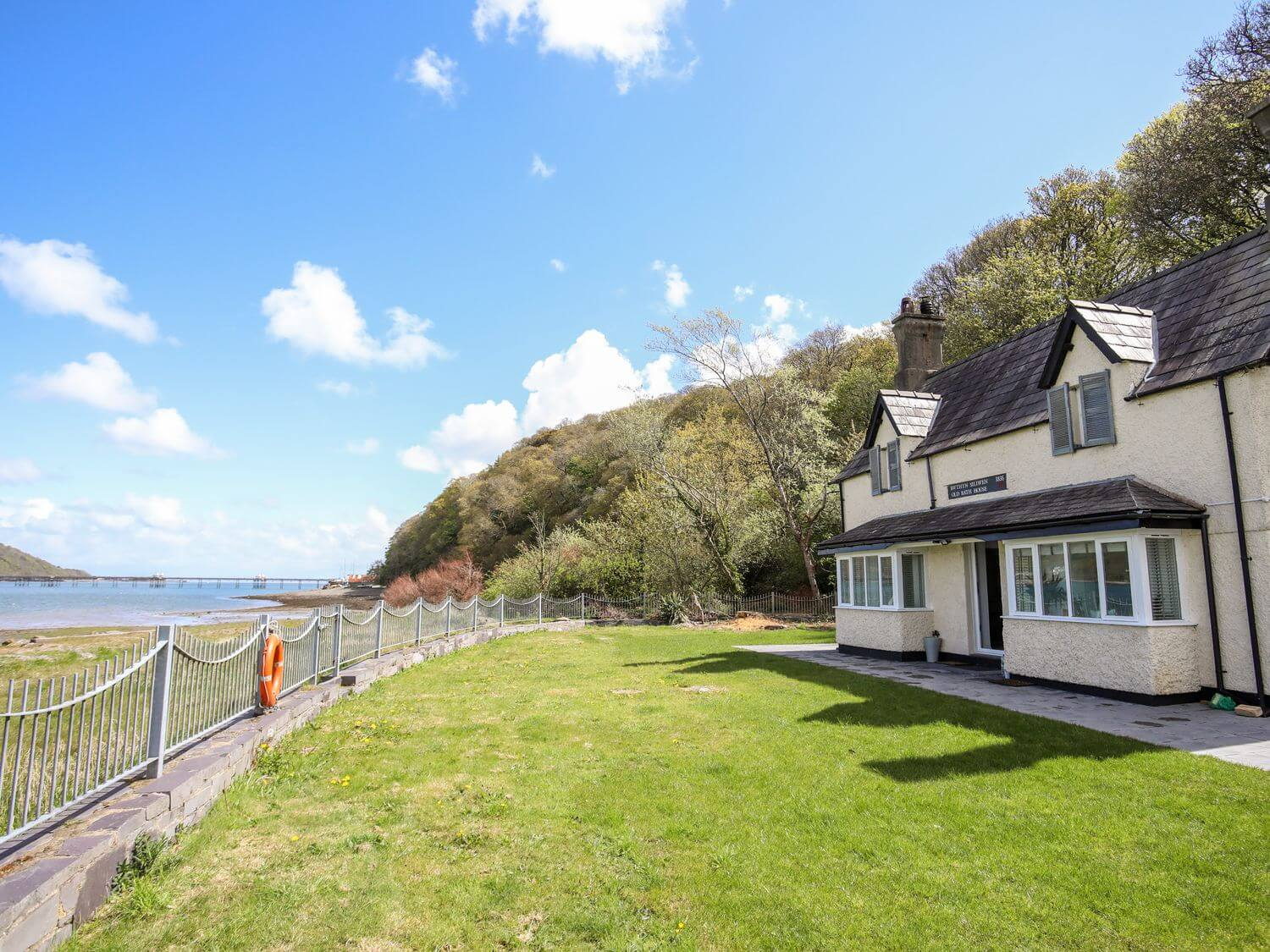 Bath House | Wales Holiday Cottages | Menai Holiday Cottages