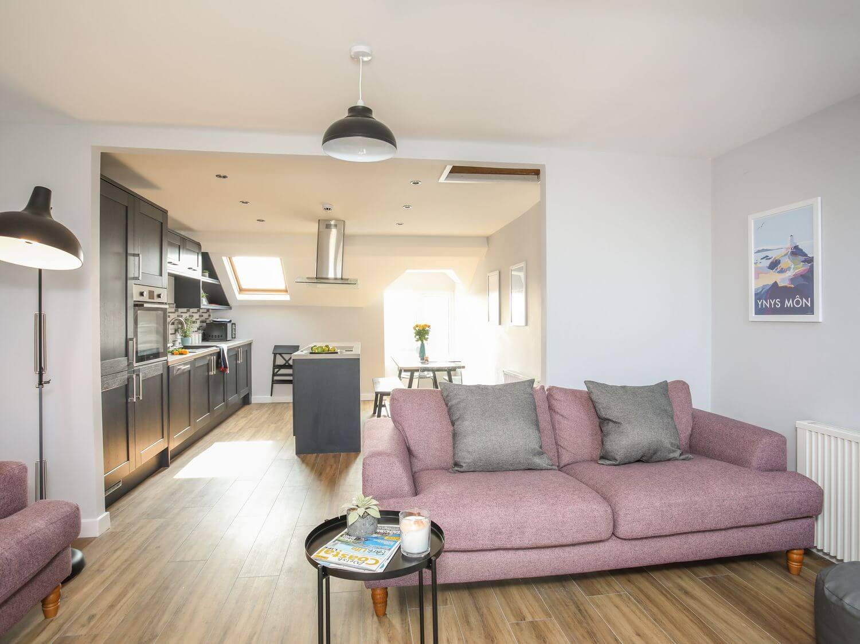 Twyni Mawr Holiday Apartment in Rhosneigr, Anglesey