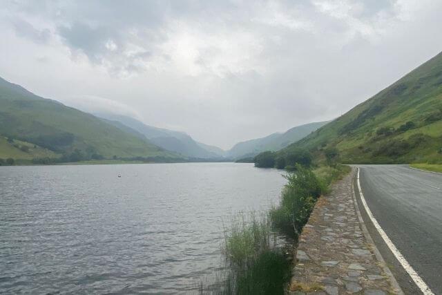 A road alongside Llyn Mwngil